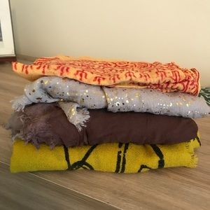 Accessories - Bundle of 4 beautiful scarves!
